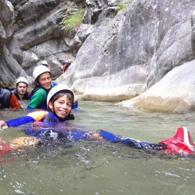 rental-apartments-experiences-canyoning-canes