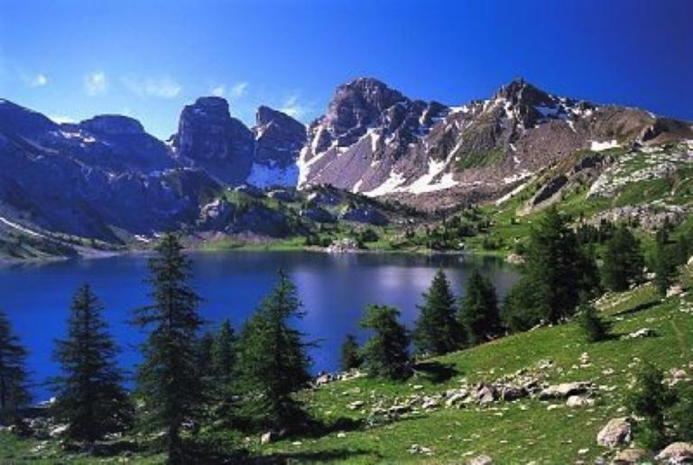 Visiter le lac et explorer la vallée des merveilles