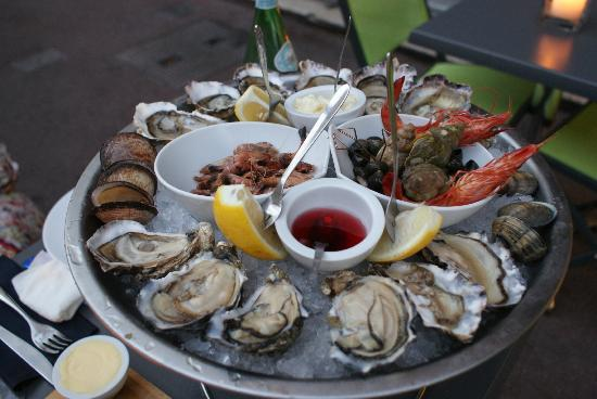 Tasting seafood from the Côte d'Azur in Cannes